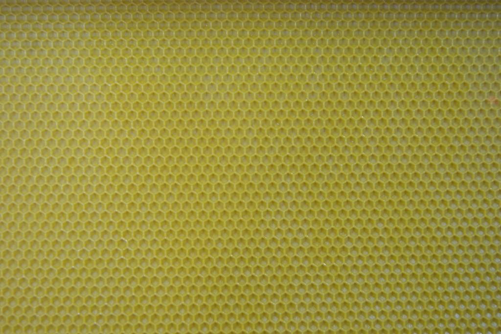 Laminas de cera de las abejas. Laminas de Cera Apícola Fuente del Sol de Alhaurín el Grande, Málaga